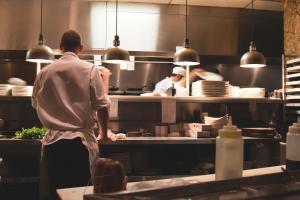 8 korzyści z używania KDS (Kitchen Display System)